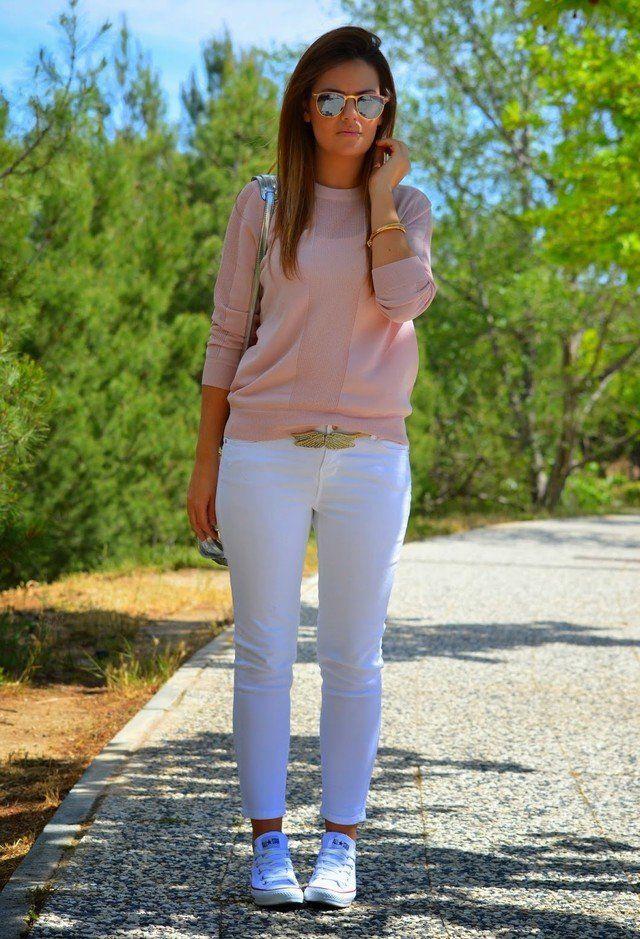 Weiße Jeans Outfit Idee für den Frühling