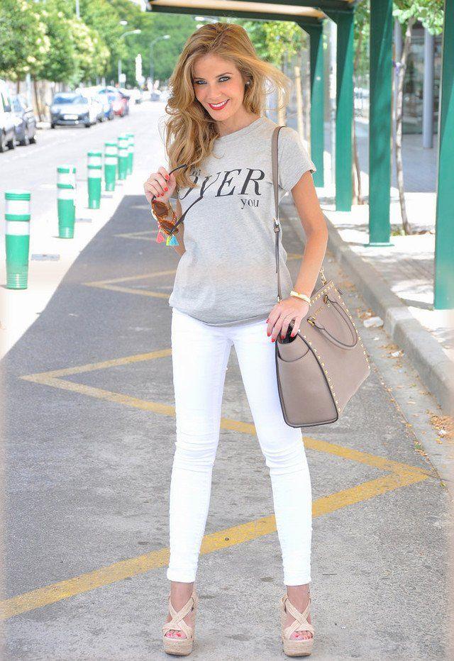 Lässig Weiß Jeans Outfit Idee