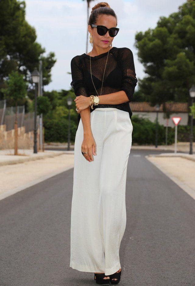 Schwarz Sheer Top und weiße Jeans