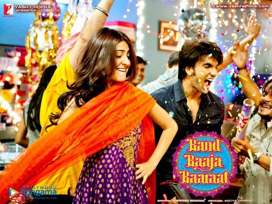 Anushka Sharma Outfit In Band Baaja Baraat7