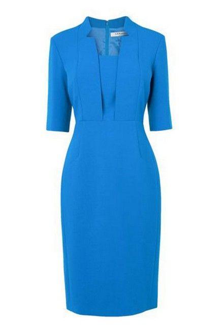 Wie kate middleton blauen anliegendes kleid für einen eleganten look zu tragen