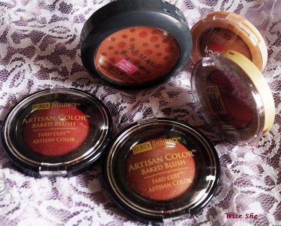 Schwarz Glanz blush gerösteten Mandeln und warmen Beeren