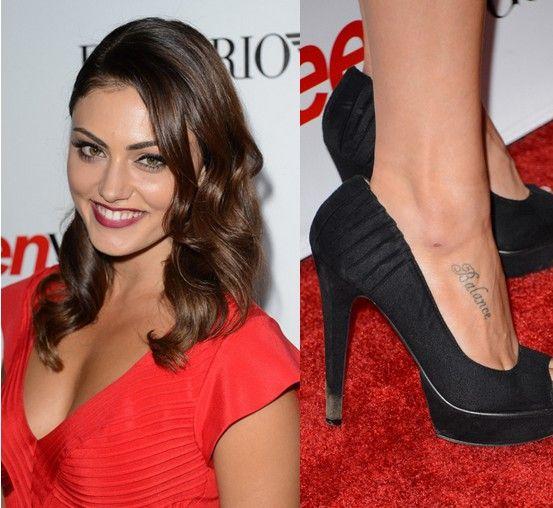 Phoebe tonkin tätowierungen - schriftzug tattoo zu fuß