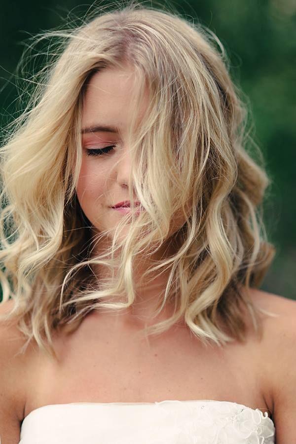 Top 10 glamouröseste wellige frisuren für schulterlanges haar