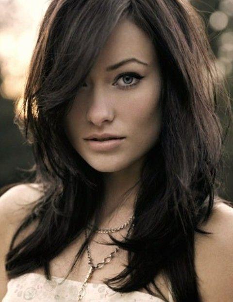 Olivia Wilde Frisuren: Unordentliche Side-gescheitelt Frisur