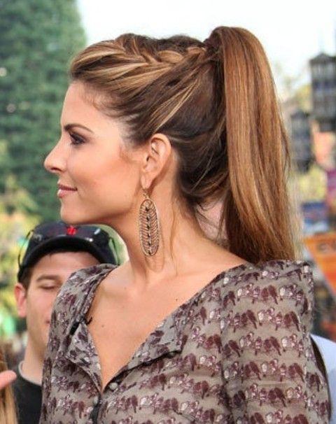 Maria Menounos Frisuren: High Ponytail mit Braid
