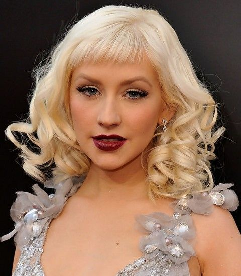 Christina Aguilera Frisuren: Trendy Medium Curls