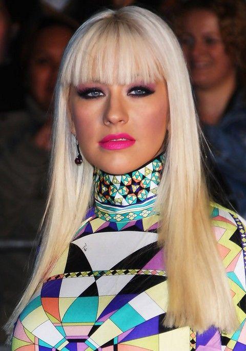 Christina Aguilera Frisuren: Radiant Gerade Haircut mit Bangs