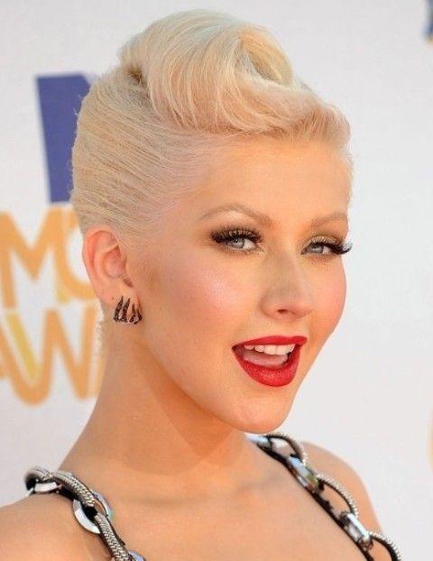 Christina Aguilera Frisuren: Brilliant Updo