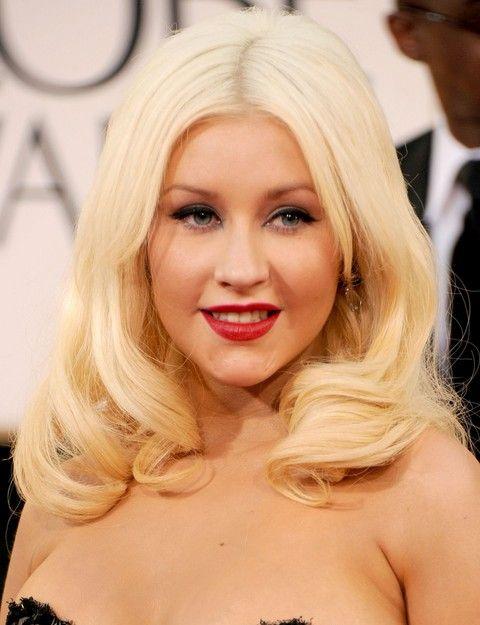 Christina Aguilera Frisuren: Entzückende Medium Curls