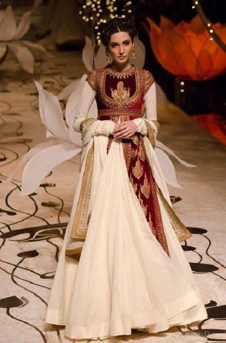 Rohit Bal Bridal Collection bei indischen Brautmode