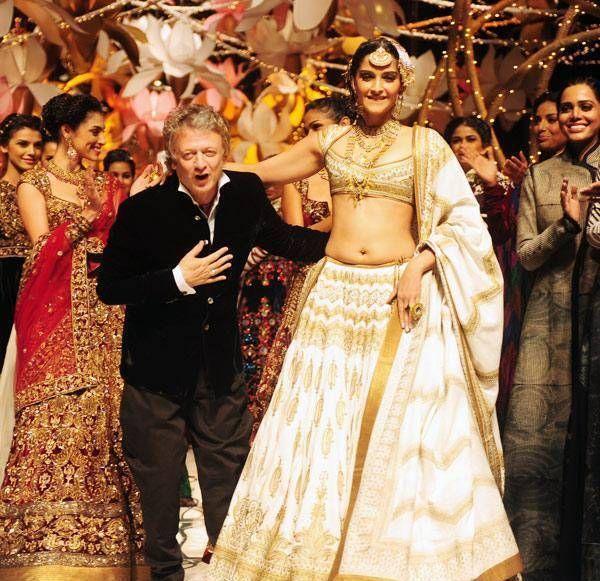 Sonam Kapoor rohit bal Brautmodewoche